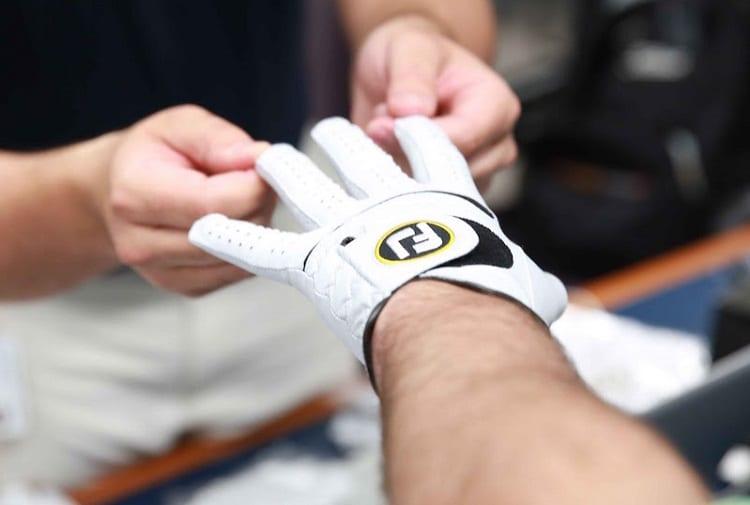 why-wear-a-golf-glove
